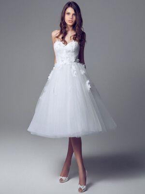 Rövid menyasszonyi ruha - Júlia Esküvői Ruhaszalon