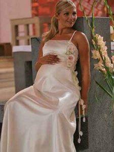 Kismama menyasszonyi ruha - Júlia Esküvői Ruhaszalon
