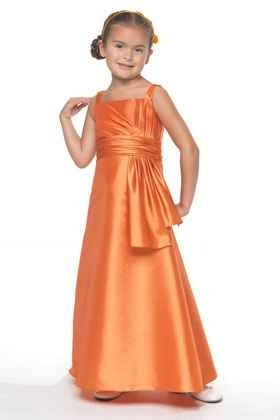 75f373dab3 Koszorúslány ruha gyerekeknek-0001. Júlia Esküvői Ruhaszalon
