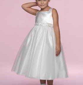 Koszorúslány ruha gyerekeknek - Júlia Esküvői Ruhaszalon
