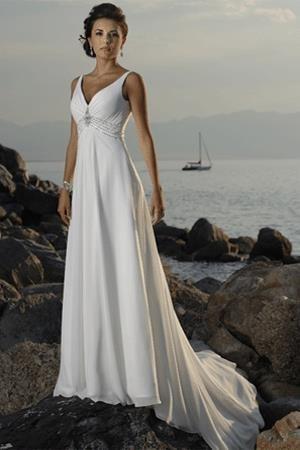 Egyenes vonalú menyasszonyi ruha - Júlia Esküvői Ruhaszalon 4322589746