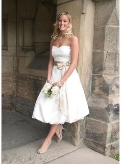 Rövid menyasszonyi ruha-0001. Júlia Esküvői Ruhaszalon 78bcf18d50
