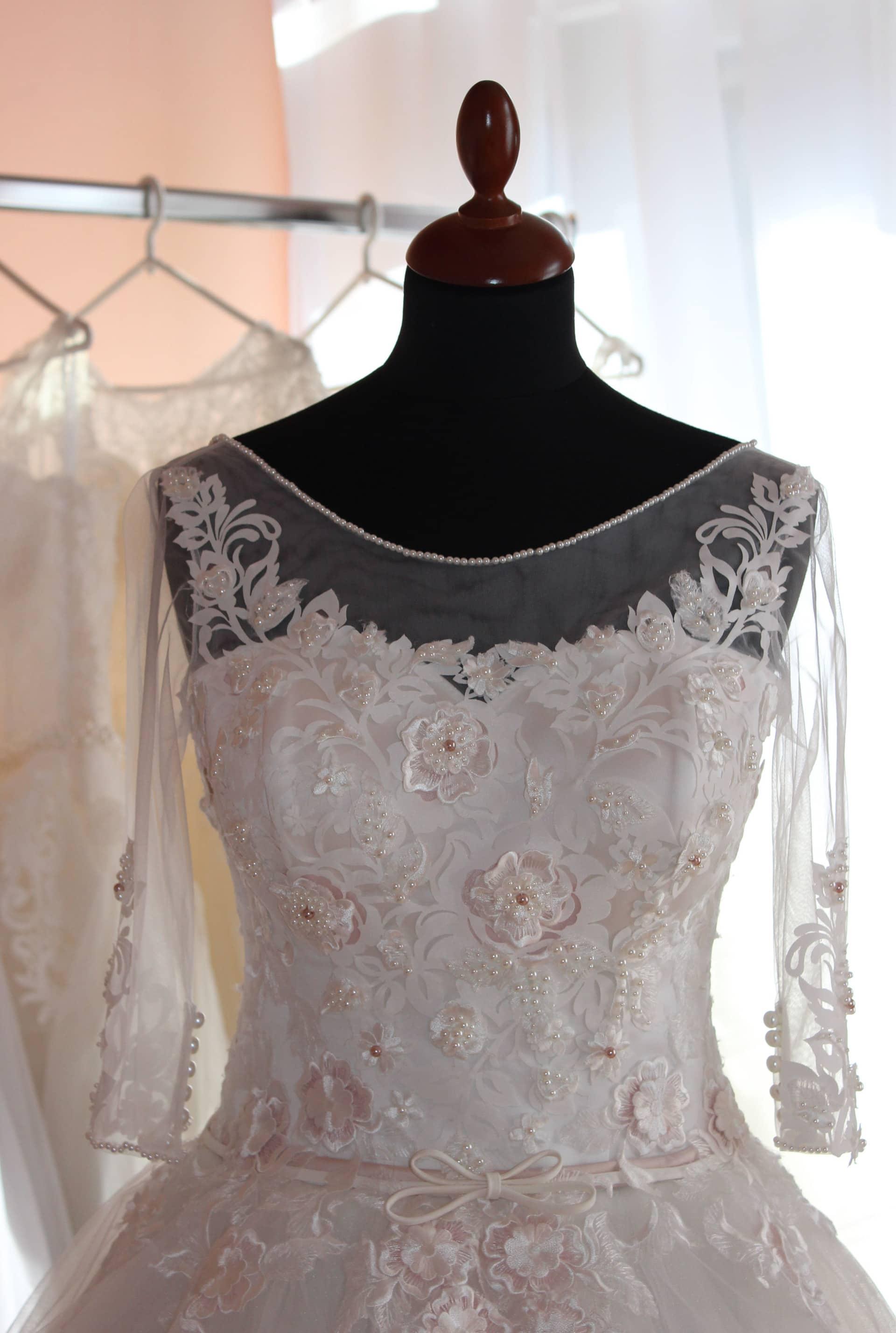 Read more about the article Színes menyasszonyi ruha