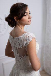 Menyasszonyi ruha - Júlia Esküvői Ruhaszalon