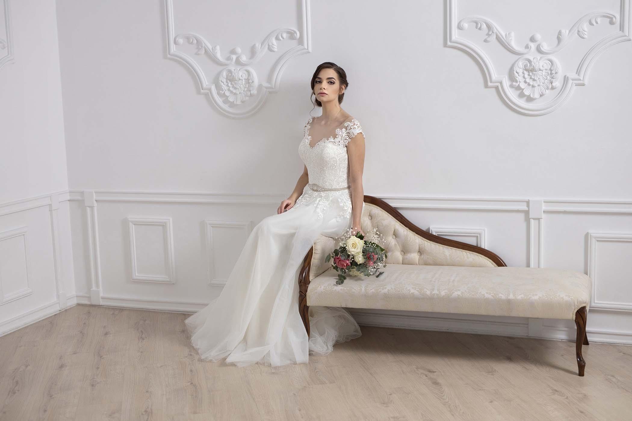 Read more about the article Egy esküvői ruha fotózás margójára